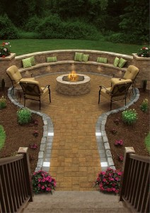 Brick Paver Fire Pit for Small Patio Ideas