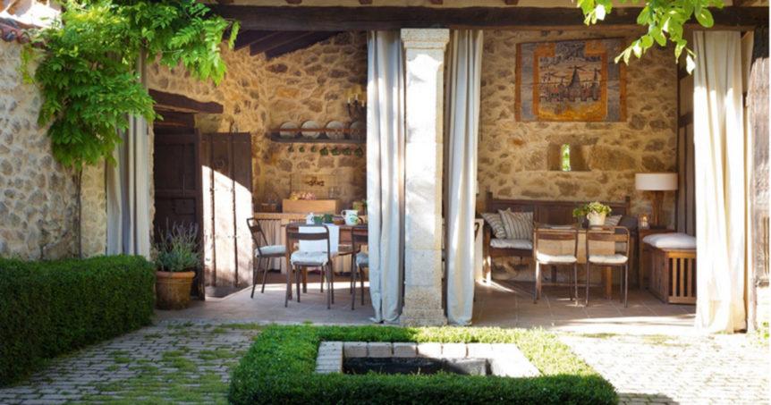 Travertine-pavers-for-patio